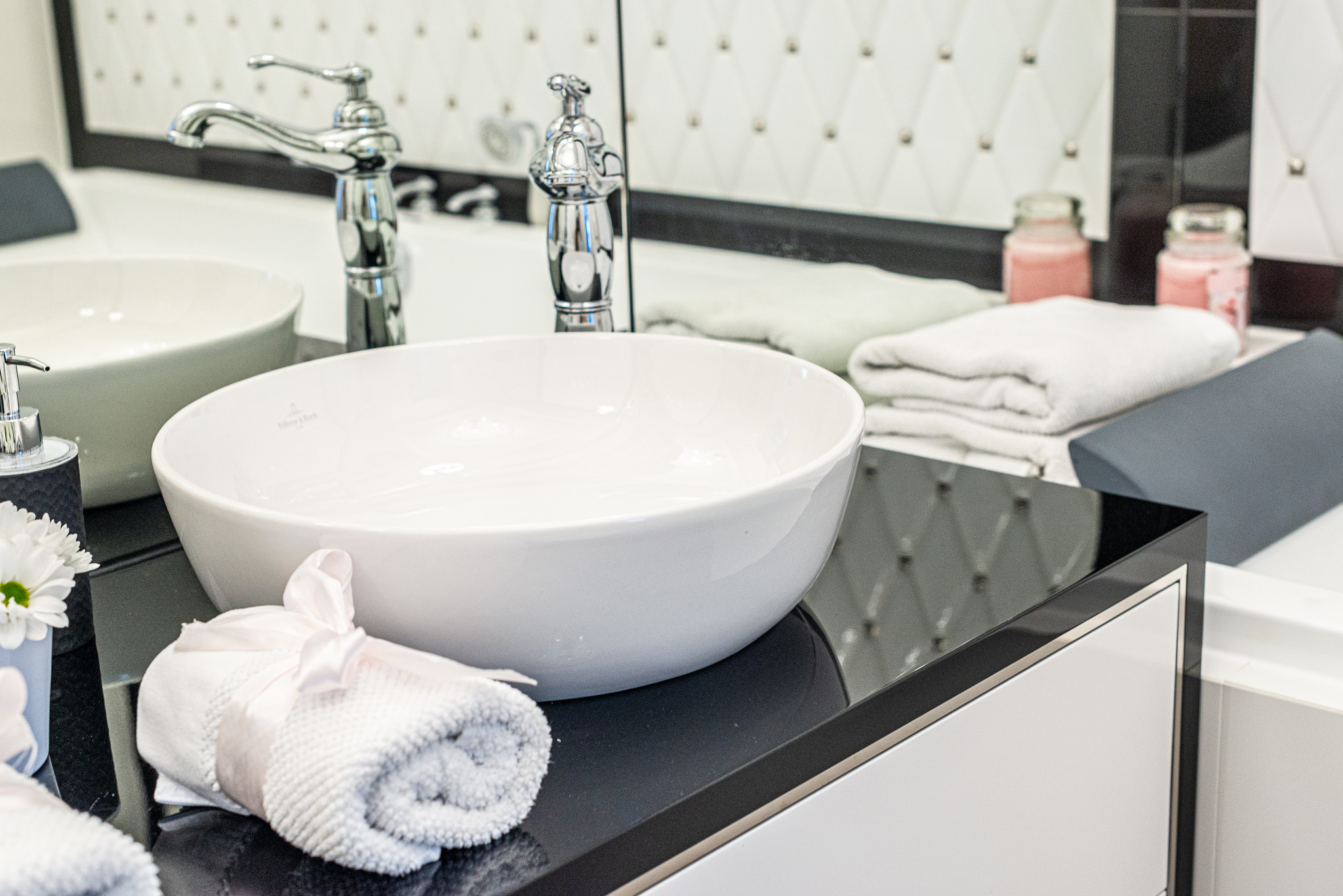 Meble do łazienki w stylu glamour