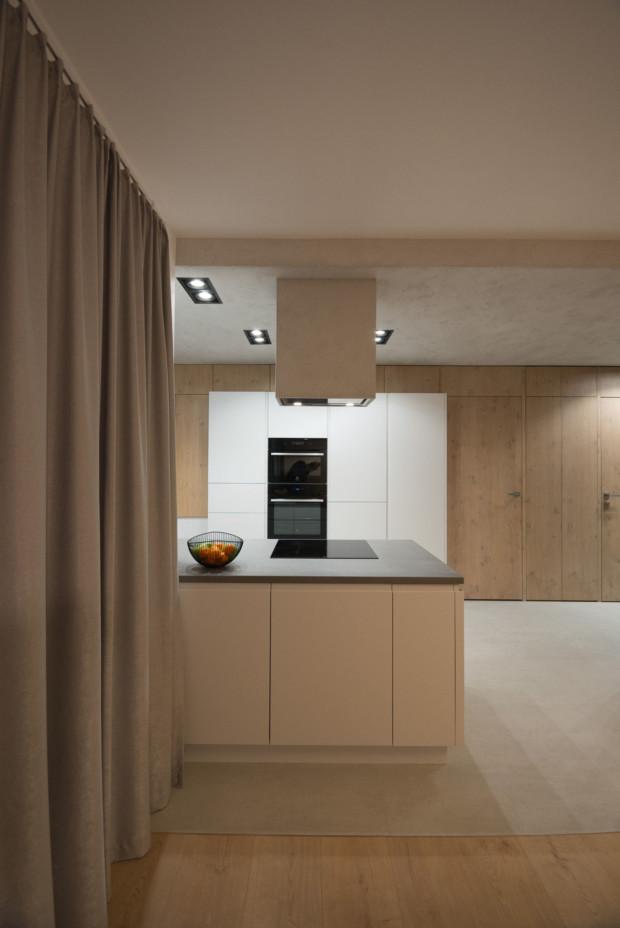 biała kuchnia minimalizm