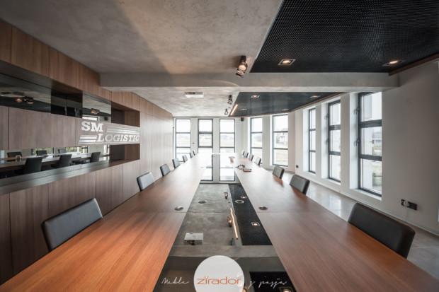 stół konferencyjny